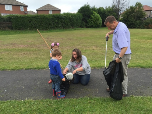 Volunteer Week Lindley Litter Pick 2