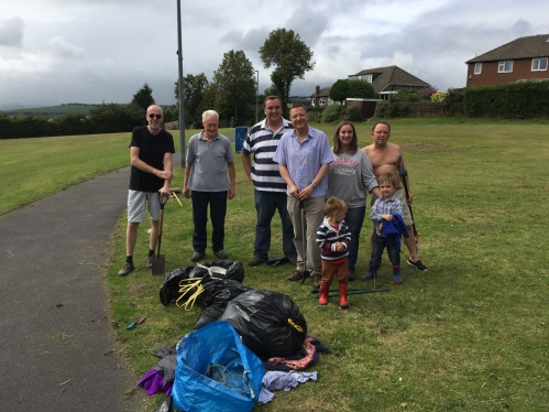 Volunteer Week Lindley Litter Pick 3