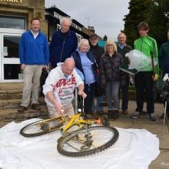 Honley Clear Up - Bike
